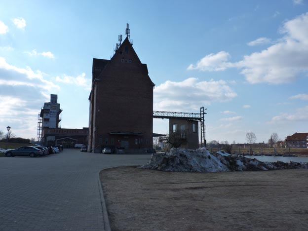 008 2013-04-02 026 Elbe Ställplats
