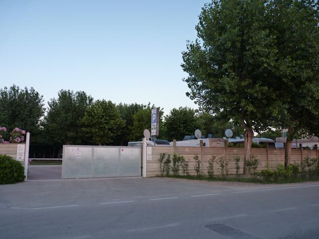 013 2014-07-06 028 Dante Alighieri Ställplats