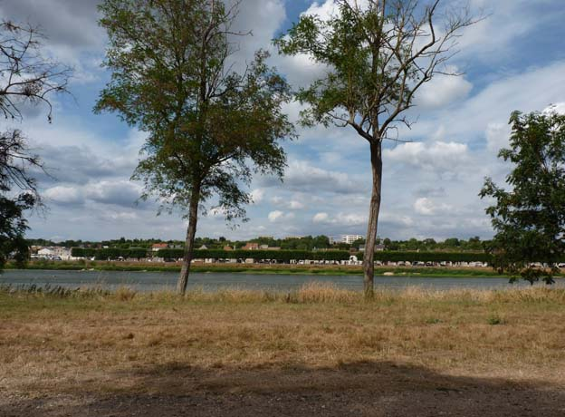 007 2015-07-22 016 Camping de Gien Poilly lez Gien Loire