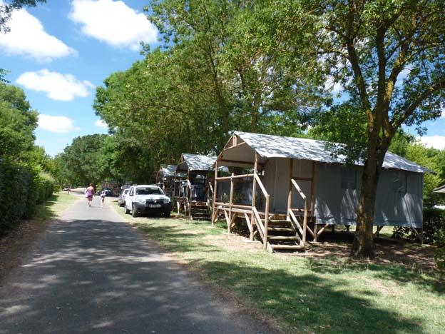 035 2015-07-21 017 Camping I'le de Offard Saumur Loire