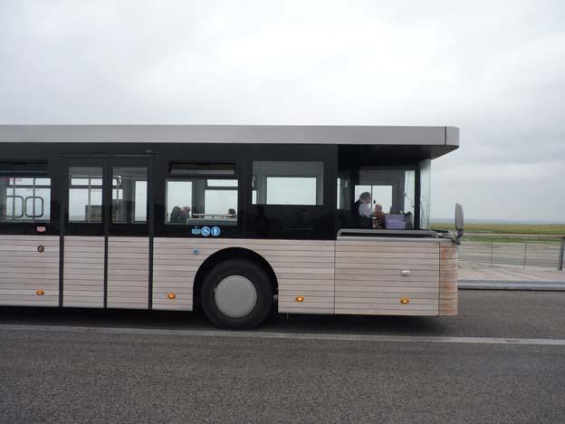 039 2015-07-19 056 Mont-Saint-Michelle buss