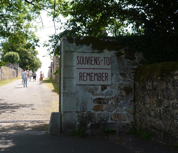 001 2016-07-22 004 Ödeby Oradour-sur-Glane