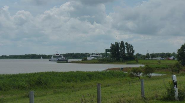 002 2016-07-17 002 Färja över Elbe