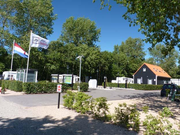 001-2016-08-12-018-camperpark-zeeland