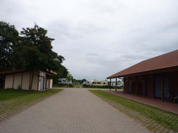 005-2016-08-13-016-zelt-und-wohnmobilplatz-heidesse