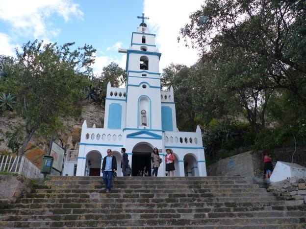 En kyrka eller ett kapell, tror jag.